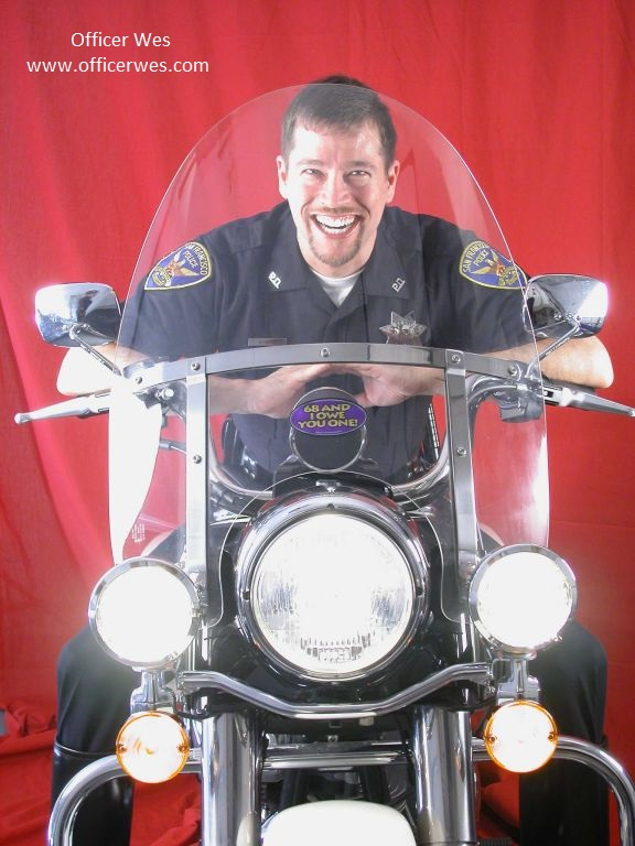 Officer Wes on his Harley Police Special, January 2003, Photos by Corwin